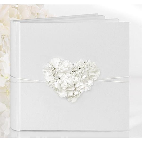 Svatební kniha s květinovým srdíčkem