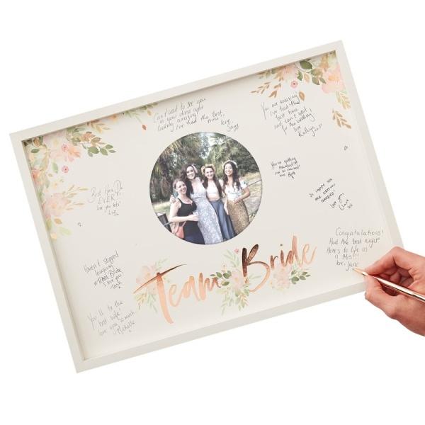 KNIHA HOSTŮ obraz s fotkou- Team Bride na rozlučku se svobodou